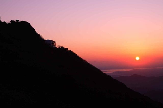 筑波山ご来光に伴うケーブルカー・ロープウェイの特別運航